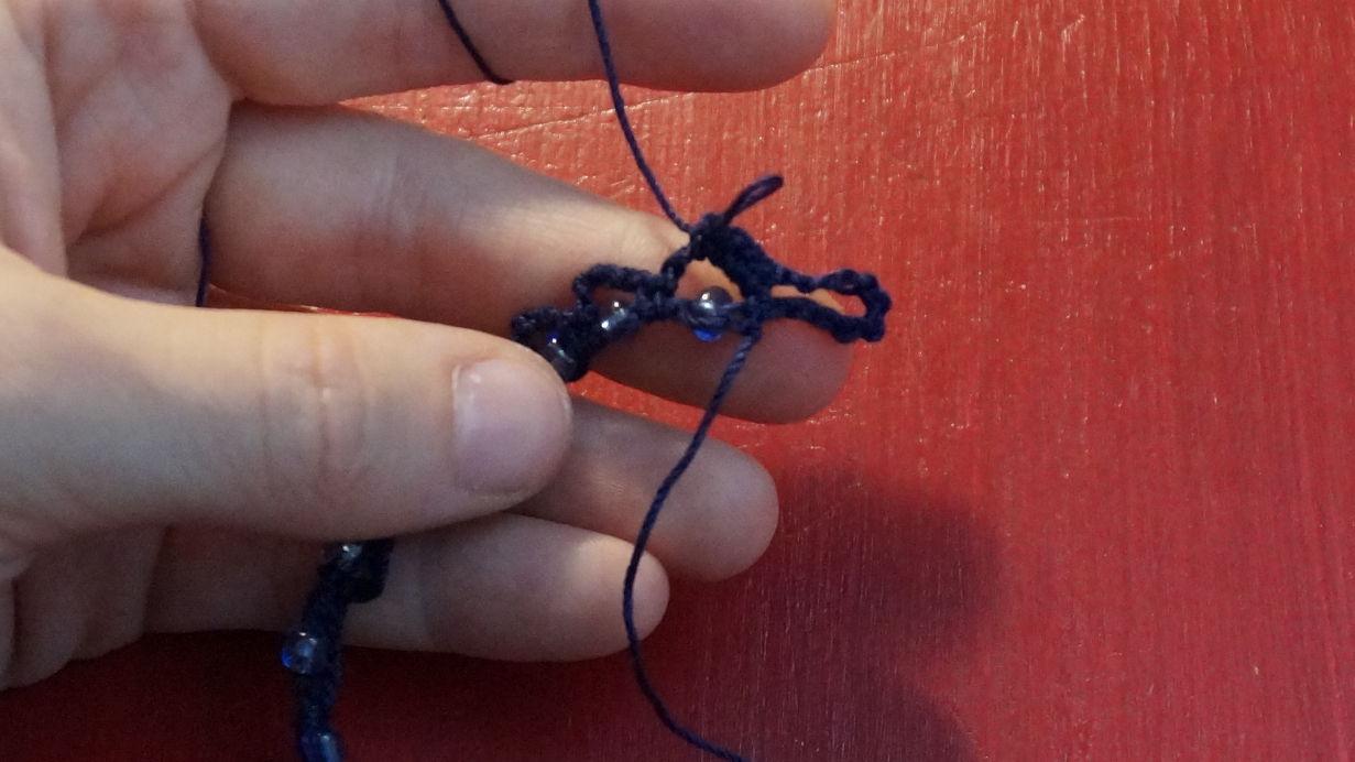 Kette mit eingehäkelten Perlen (7)